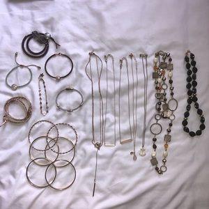 Jewelry - 19 Fashion Jewelry Pieces
